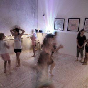 Fun kids dance birthday party maribyrnong
